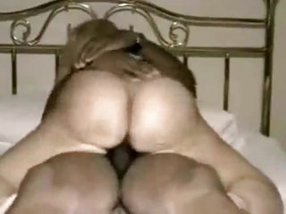 pawg mother i cums hard...