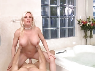 good fuck older in bathroom