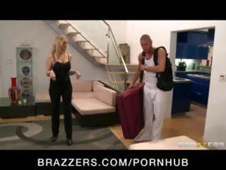 big-tit d like to fuck pornstar julia ann