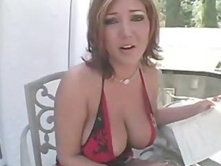 boobs smokin