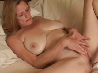 solo mature masturbation