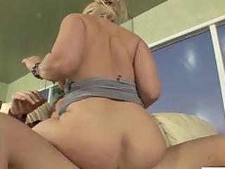 horny cougar dee siren fucked hard
