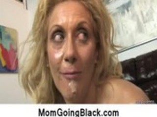 watching-my-mom-going-black-interracial-sex11_53