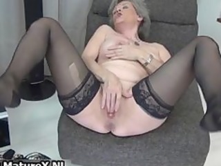 hawt granny in black stockings can part0