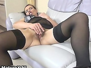 lustful housewifes loves pleasing her own part5