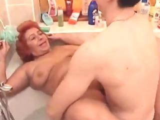 large beautiful woman granny fuck in the tub