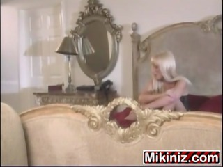 layover layla jade,big bumpers blonde mother i