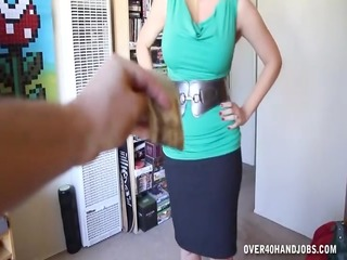 breasty hot woman mother i cook jerking