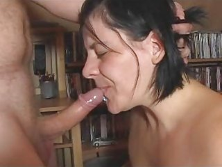 bizarre deepthroat10 gag by german wife!!!!!