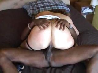 cheating wife acquires a good treat from her