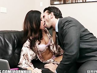 lonley dark brown wife begs her spouse to assist
