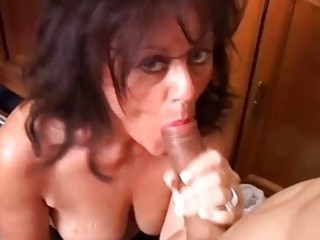 gorgeous aged babe gives a blowjob lesson