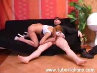 italian wife laura blows and receives screwed