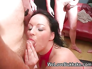 smutty british d like to fuck deepthroats and