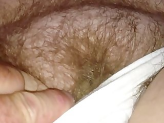 with wifes hirsute pussy,she pulls a creamy load