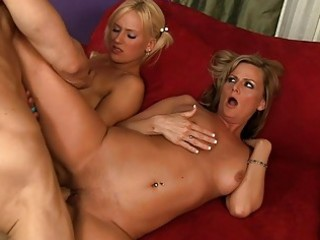 hawt d like to fuck helps her daughter to fuck