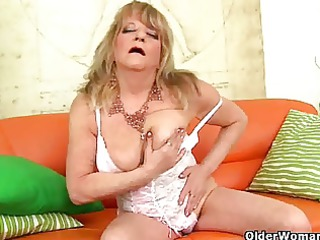 granny with saggy love muffins fucks a huge sextoy