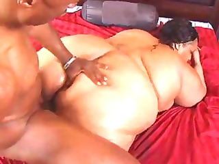 big beautiful woman farah showering and fucking