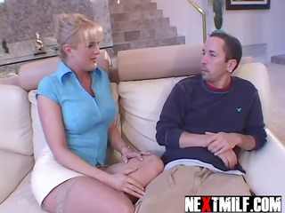 lustful housewife ramrod slurping